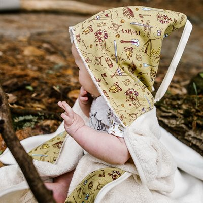 Little Elf: Grow-with-me Hooded Towel